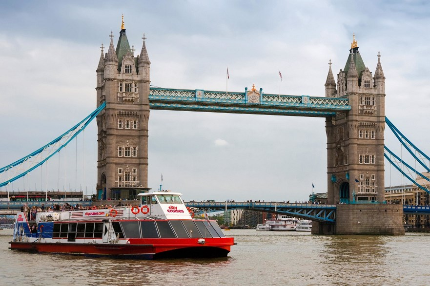 london pass Thames River Boat Cruise