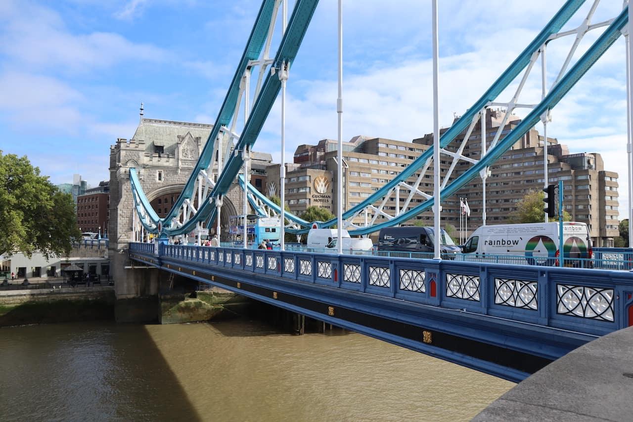 iventure card london bridge